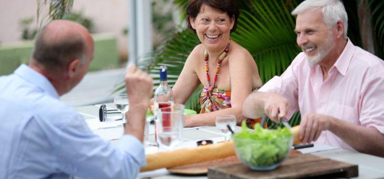 ¿Cómo elegir la Comunidad de Retiro Activo ideal para tus padres?